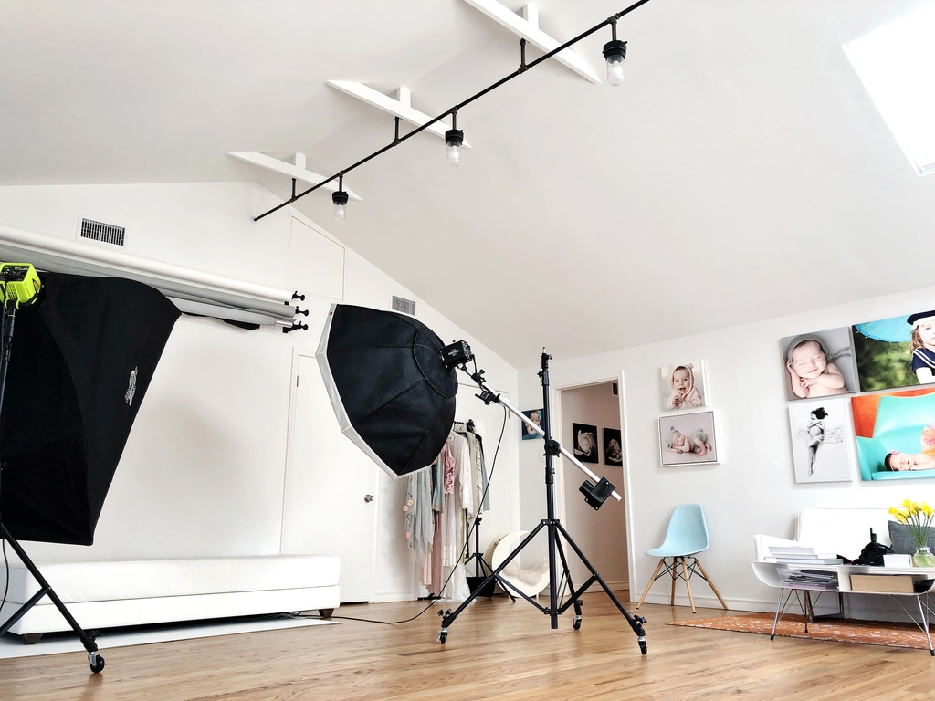 Behind the scenes at a photoshoot in the Private Miette Photography Studio