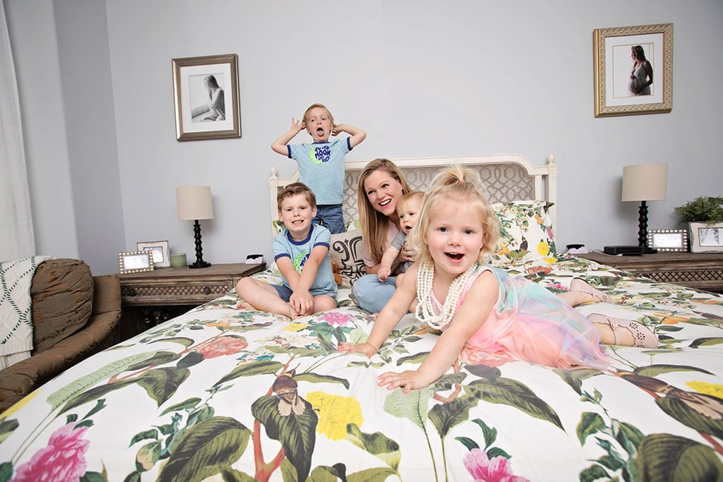 gorgeous at-home session with four kids
