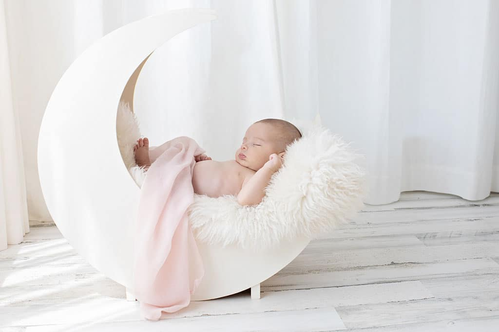 soft newborn session for gorgeous one month old girl