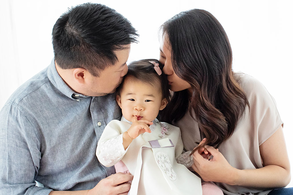adorable first birthday celebration in private studio with family's culture celebrated