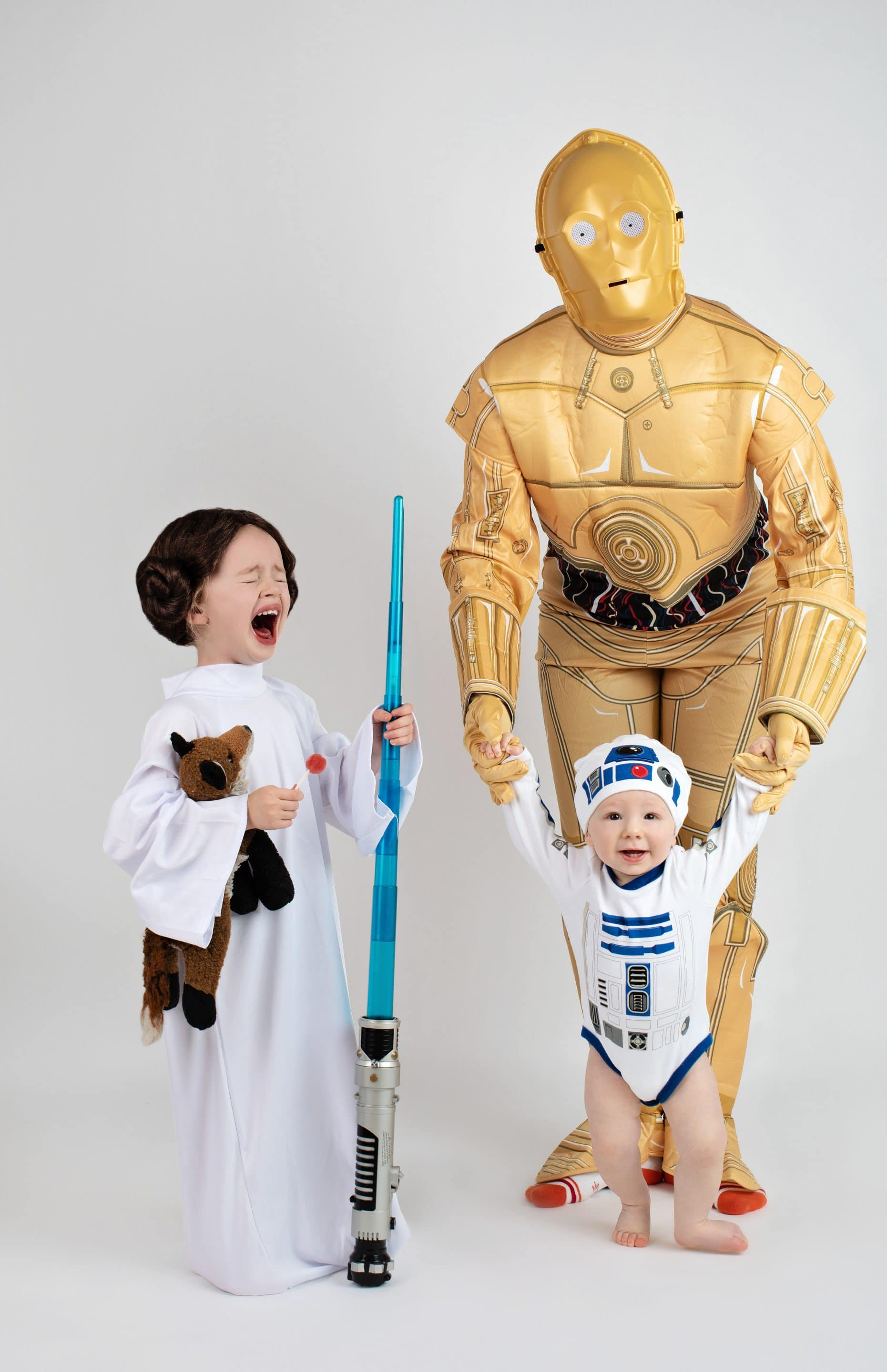 family dressed as Star Wars characters